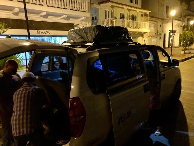 Taxi Van Lockdown nach Bogota